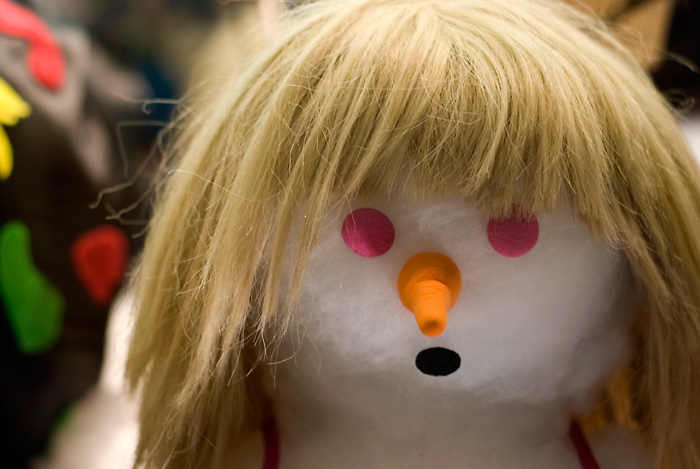20091117-long-hair-snowman-blog